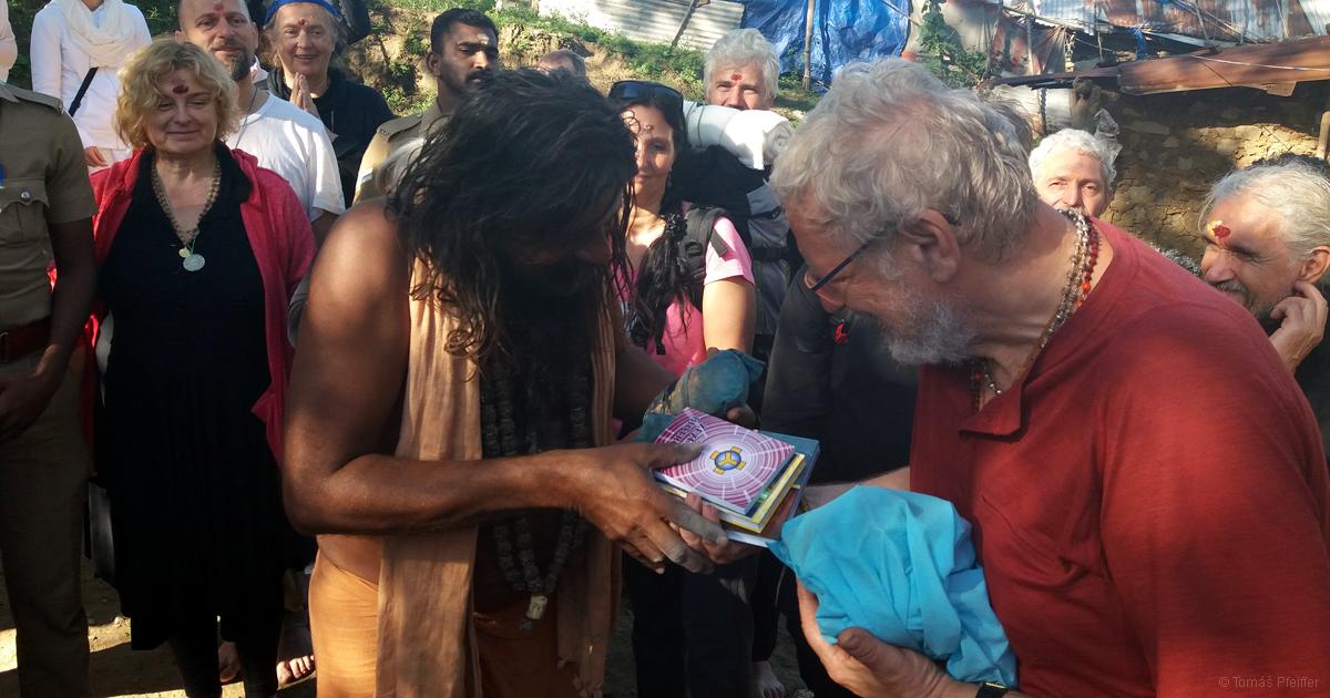 Josef Zezulka přináší filosofii Bytí Indii